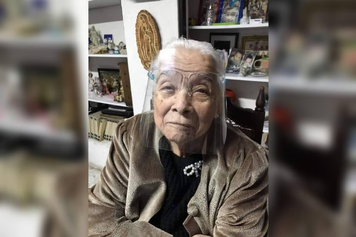 Eva García, de 93 años, tras superar el Covid-19. Foto: Cortesía.