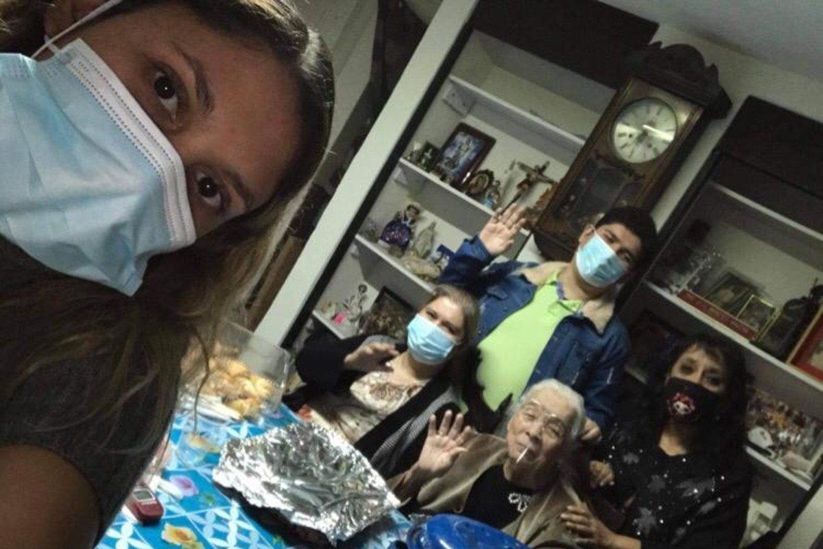 Eva García, sus hijas y nietos, todos enfermaron de Covid-19. Foto: Cortesía.